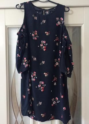 Платье 14р new look