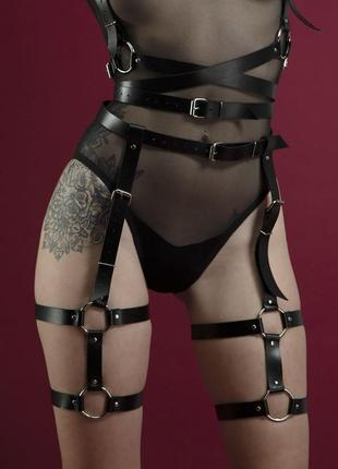 Гартеры feral feelings - garter, натуральная кожа, цвет черный