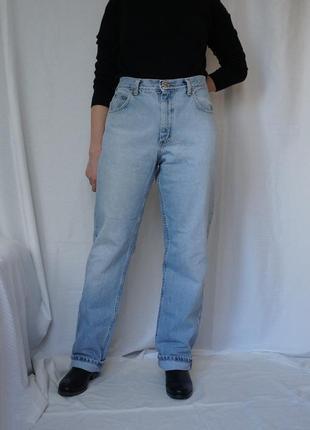 Винтажные качественные джинсы на высокой посадке прямые lee levi's