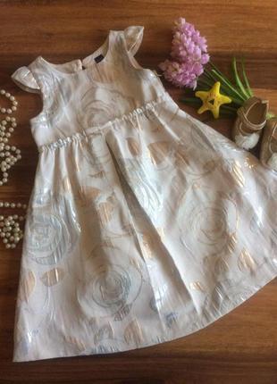 Шикарное нарядное платье, сарафан gap на 3 года.