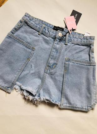 Трендовые джинсовые шорты на высокой посадке