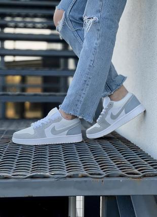 Крутые женские кроссовки топ качество 📝1 фото