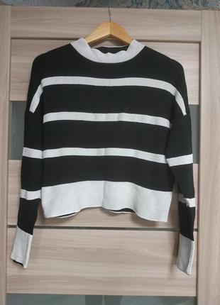 Стильный укороченный свитер джемпер лонгслив