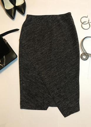 Ассимитричного кроя юбка