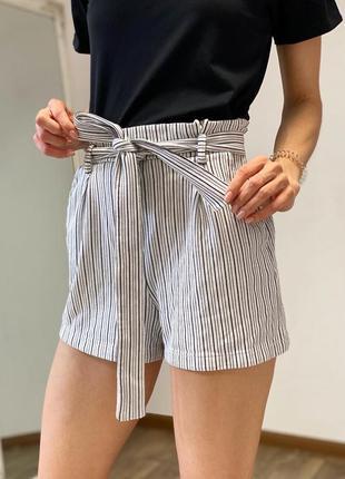 Стильные шорты с поясом pull&bear