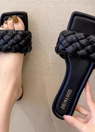 Женские чёрные шлёпанцы шлепанцы с квадратным носком и плетением косичка, ботега, жіночі шльопанці8 фото