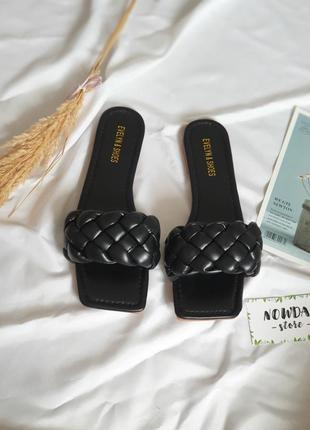 Женские чёрные шлёпанцы шлепанцы с квадратным носком и плетением косичка, ботега, жіночі шльопанці7 фото
