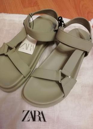 Босоножки сандали цвета хаки