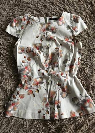 Блуза жіноча