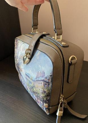 Стильная квадратная сумочка с росписью материал канва