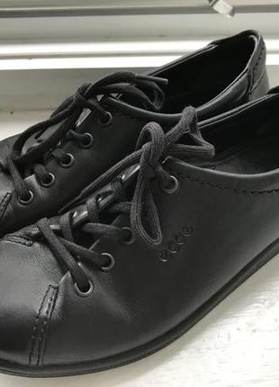 Кожаные кеды кроссовки  мокасины ecco  оригинал р.35 тайланд