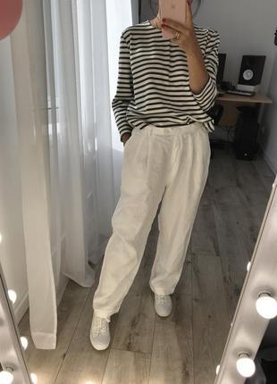Белые лляные брюки