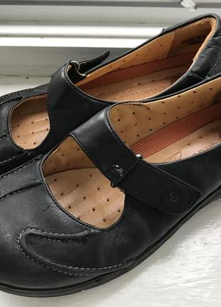 Полностью кожаные туфли clarks structured р.5 d ( 38) липучка