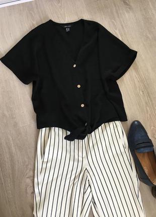 Блуза чёрная на пуговицах new look