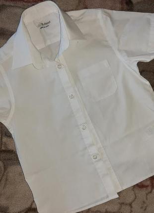 Качественная фирменная  рубашка с коротким рукавом для мальчика 5-6 лет, рост 110-116 см