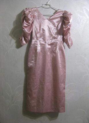 Платье футляр рукава фонарики нежное розовое нарядное вечернее выпускное атласное