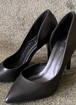 Туфли лодочки чёрные