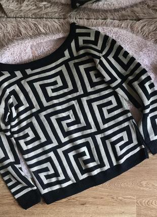Стильный свитерок(s/m)