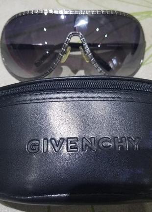 Стильные очки маска от givenchy
