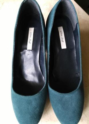 Брендовые замшевые туфли от white stuff
