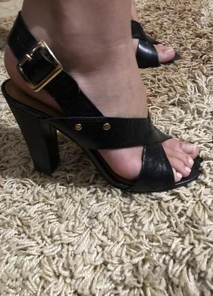 Туфли, туфли на каблуке1 фото
