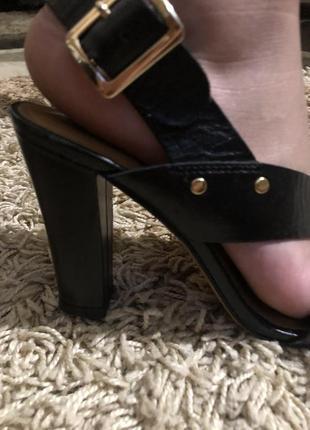 Туфли, туфли на каблуке3 фото