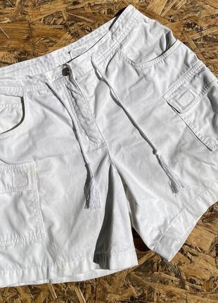 Белые шорты 🩳