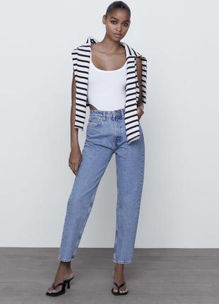 Базовые джинсы мом зара