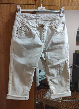 Белые джинсовые шорты бермуди бриджи