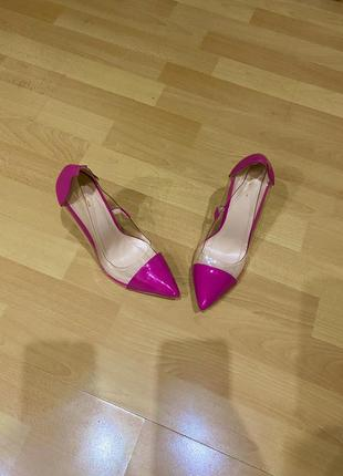 Яркие малиновые туфли лодочки prettylittlething, силиконовые, босоножки
