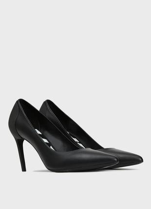Туфлі жіночі чорні шкіра diesel