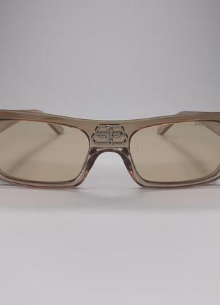 Сонцезахисні окуляри