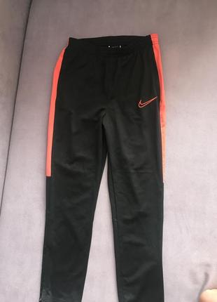 Подростковые спортивные штаны nike sri-fit (10-12 лет)