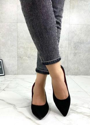 Женские туфли на устойчивом каблуке натуральная замша черные nel 5