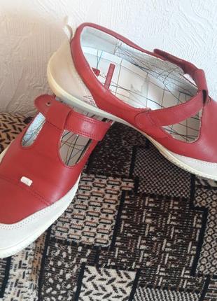 Шикарні брендові туфлі ,ортопедичні.шкіра, замш.