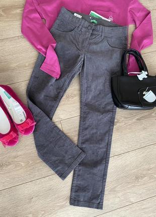 Стильні брюки benetton