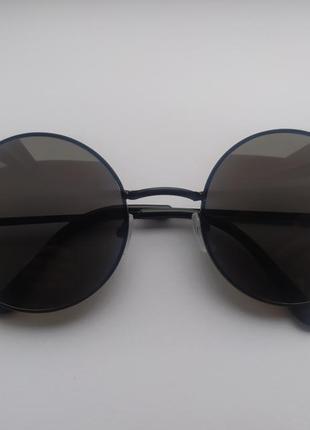 Очки солнцезащитные круглые черные