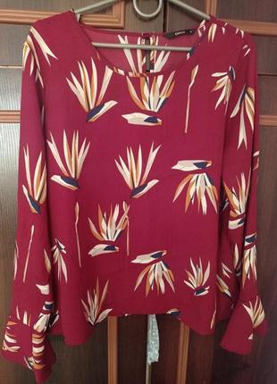 Красивая блуза рукав рюш волан