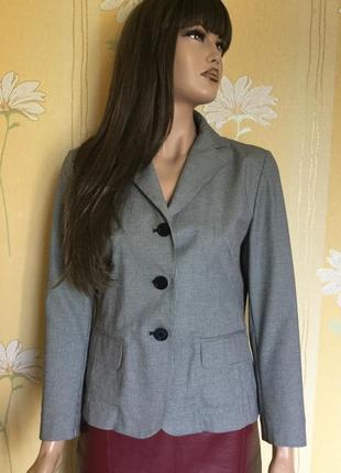 Распродажа!!! пиджак в мелкую клетку gap размер 101 фото