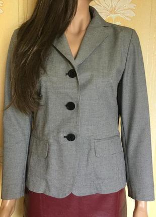 Распродажа!!! пиджак в мелкую клетку gap размер 104 фото
