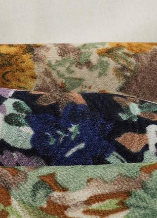 Крутые кроп-блузки в цветочек9 фото