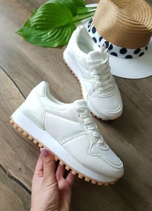 Белые кроссовки even&odd, германия 36размер
