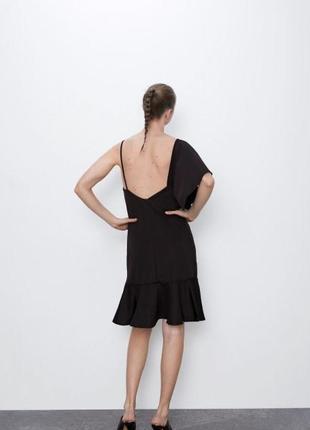 Ассиметричное платье с оборками5 фото