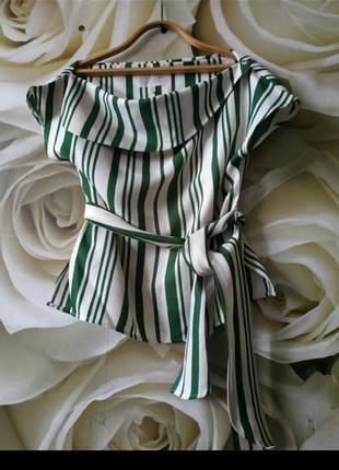 Красивая блуза с поясом в полоску3 фото