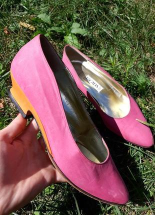 Escada яркие винтажные туфли ретро лодочки