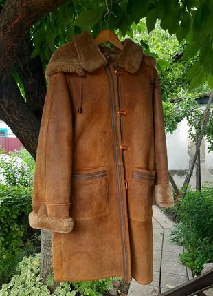 Классная коричневая кожаная с мехом дубенка из первой стрижки барашка orjen leather fur