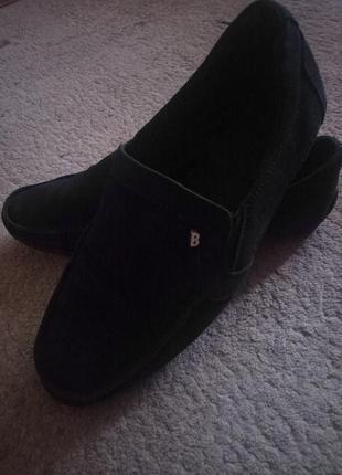 Шикарні шкіряні туфли мокасини