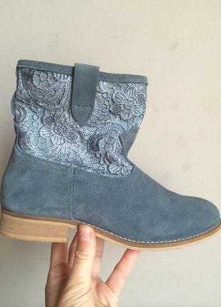 Замшевые ботинки с кружевом в стиле кэжузал 38, 41р.