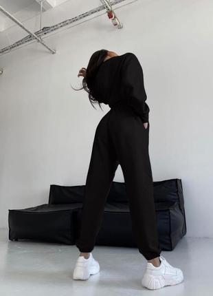 Спортивный костюм женский со штанами прогулочный летний топ короткий черный