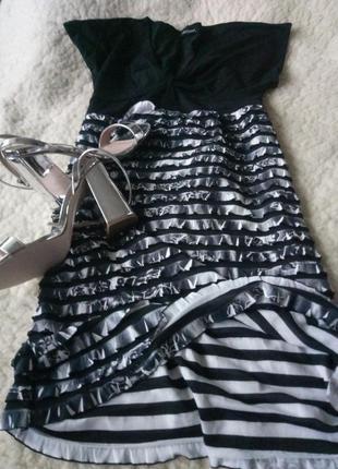 Красивое платье от люкс бренда
